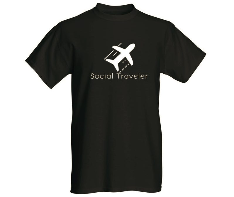 social traveler black t-shirt